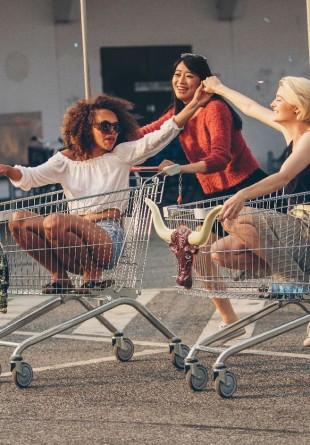 Cum să cumperi inteligent în perioada reducerilor